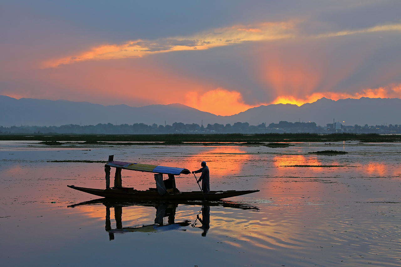 A Wonderful Evening @ Dal-lake,Kashmir